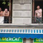 Primeras quejas por la convivencia entre vecinos y turistas de pisos vacacionales